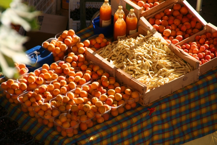 A big provençal market is held in Laragne every Thursday morning......