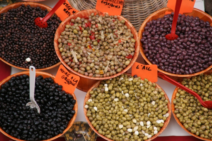 A big provençal market is held in Laragne every Thursday morning...